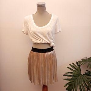 2/$20🌺 Gold metallic skirt size XXL